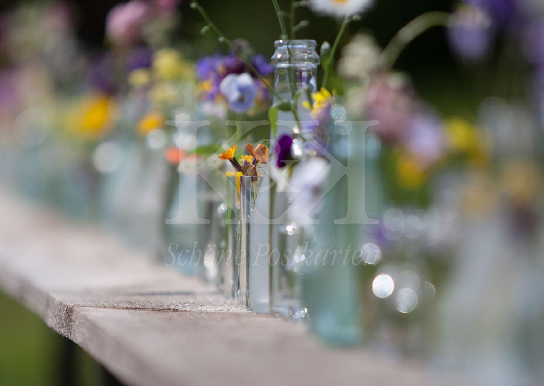 Schöne Postkarte Nr. 3 · Blumen und Gläser © 2017