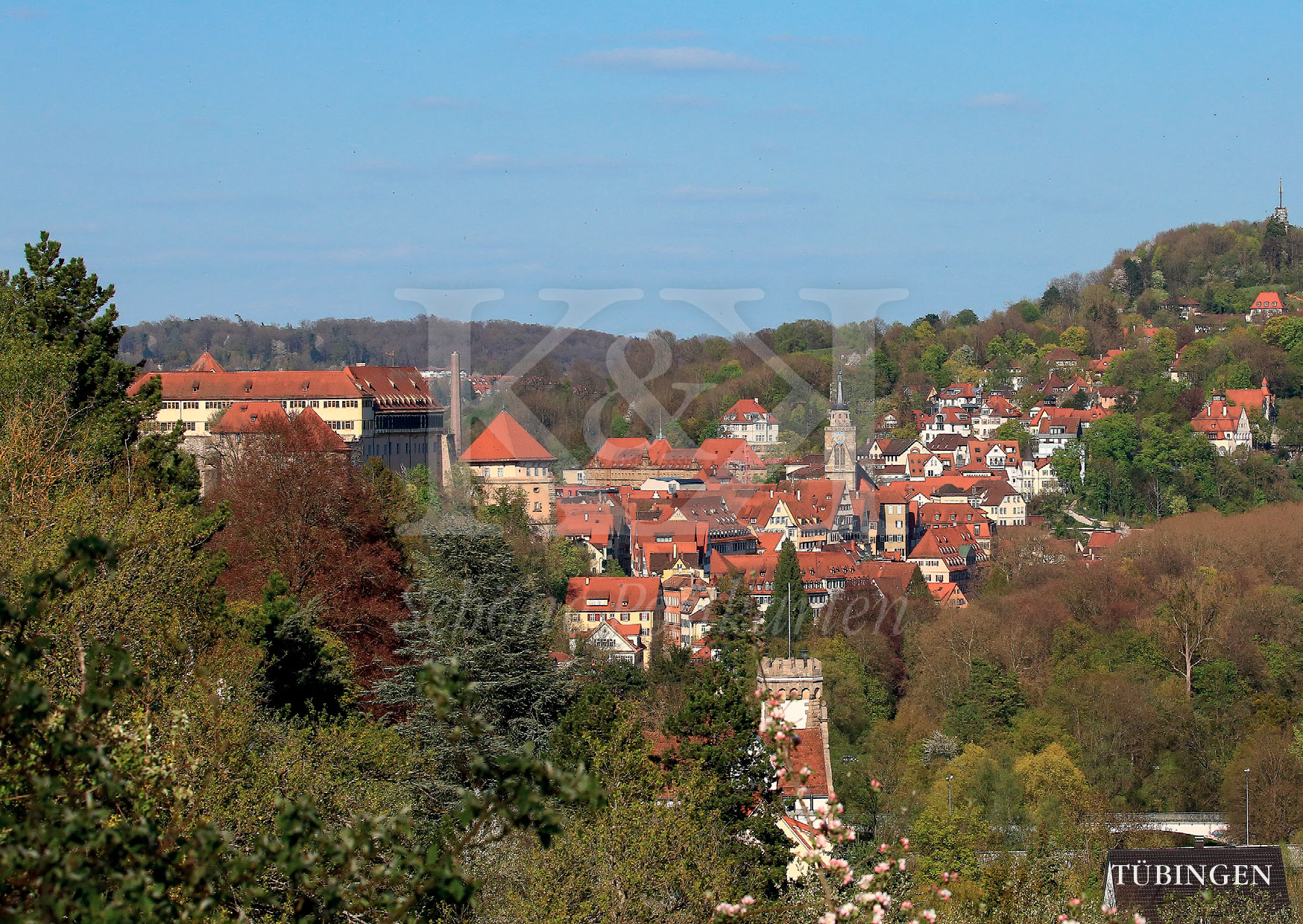 >>> NEU: Schöne Postkarte Nr. 6 · Tübinger Altstadt mit Stiftskirche, Schloss und Österberg